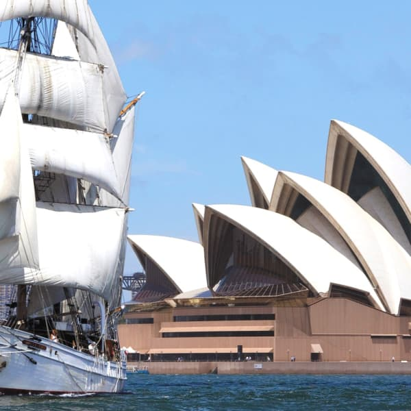 Two-Hour Harbour Lunch Cruise on a 1850s-Style Tall Ship