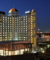Thailand, Bangkok: Two, Three or Four-Night Stay with Halal-Certified Breakfast and Prayer Room Access at Al Meroz Hotel