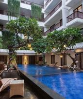 Bali, Seminyak: 2-7 Night Getaway with Daily Breakfast, 3PM Late Checkout and WiFi at Sense Sunset Hotel Seminyak
