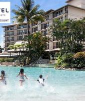 Cairns: 1 to 4 Nights for Family of Four with Late Check-Out and Cocktails at Novotel Cairns Oasis Resort