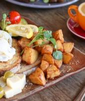 All-Day Breakfast with Coffee for One ($13), Two ($24) or Four People ($48) at Well Connected (Up to $86 Value)
