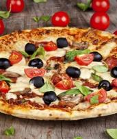 Italian Feast with Wine for Two ($39), Four ($78) or Eight People ($156) at Manly Pizza & Wine (Up to $364 Value)