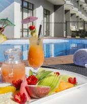 Newcastle: 1 or 2 Night Winter Getaway for 2 with Wine & Dinner Voucher at Best Western Plus Apollo International Hotel