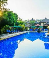 Kuta, Bali: 3-, 5-, or 7-Night Escape for Two with Breakfast, Airport Transfers, and Drinks at Risata Bali Resort & Spa