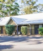 Port Stephens, Heatherbrae: One or Two Nights for Two with Wine and Late Check-Out at Country Comfort Motto Farm Motel