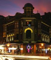Sydney: Up to 3-Night Boutique Stay for Two with Late Check-Out and Harpoon Harry Events Entry at the Hotel Harry