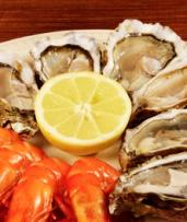 $49.90 for All-You-Can-Eat Seafood Buffet for One Person at Baygarden Restaurant (Up to $79 Value)