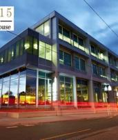 Melbourne, Kew: 1-2 Nights for 2 Adults with Late Check-Out and Option for Breakfast at Hotel 115