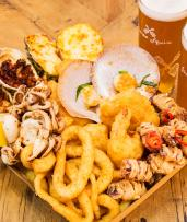 Indulgent Seafood Platter with Beers