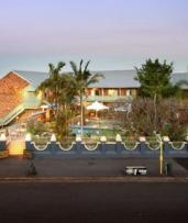 Brisbane: 1-3 Nights for Two People with Drinks, Room Upgrade and Late Check-Out at Best Western Gregory Terrace