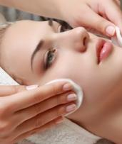 $39 for Oxygen Facial Package with Skin Smoothing Enzyme Peel at Skinn Beauty Bar (Up to $160 Value)