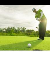 18 Holes of Golf in Chatswood with Wine or Beer