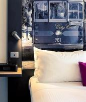 Melbourne, CBD: 4* City Stay for 1 or 2 Nights w/ Buffet Breakfast, Wi-Fi & Late Check-Out, Mercure Melbourne Therry St
