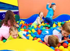 Play Centre Entry for Adult and Child - Weekdays ($5) or Saturday ($7) at Shiny Star Play Centre (Up to $19.50 Value)