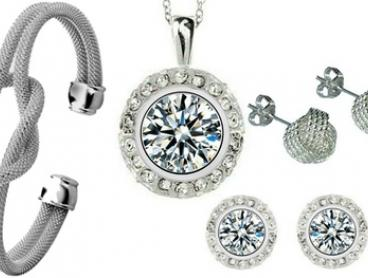 $12 for a Mesh Knot Bangle and Earring Set, or $14 for a Diamonte Necklace and Earring Set