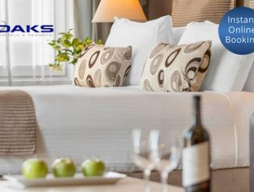 Melbourne: Two-Night CBD Stay for Up to Four People with Late Check-Out at Oaks on Market