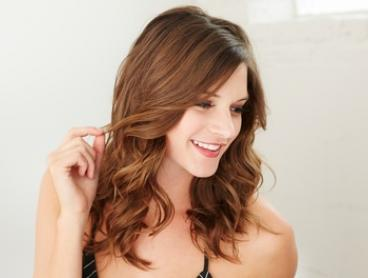 Cut and Blow-Dry ($29), or Foils + Moroccan Oil + Blow-Dry ($79) at Wax'n Shape Hair and Beauty Salon (Up to $170 Value)