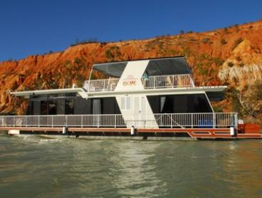 Renmark: Five or Seven-Night Houseboat Escape for up to Eight People at Houseboat Escape