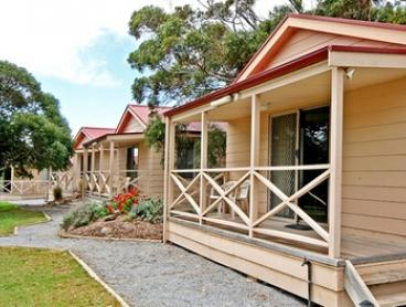 Cape Jervis: 1, 2, 3 or 5-Night Escape with Sparkling Wine and Late Checkout for Two People at Cape Jervis Holiday Units