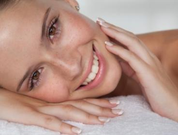 Non-Surgical Face-Lift - One ($49) or Two Sessions ($95) at Advanced Aesthetic Concepts (Up to $200 Value)