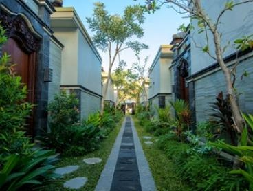 Kerobokan: Stay for Two or Four in Private Pool Villa with Breakfast and Welcome Drink on Arrival at Bali Corail Villas