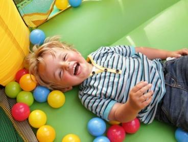 Inflatable Play Park pass for 1 ($5), 2 ($9) or 4 ($15) or a Birthday Party at Insportz Northcote (Up to $288 Value)
