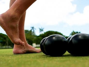 Barefoot Bowls, Food + Drink for Five ($39), Ten ($59) or Twenty People ($79) at Moorooka Sports Club (Up to $528 Value)