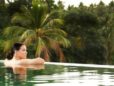 Thailand, Phuket: 7-Night Apartment Stay for Two at Absolute Twin Sands Resort