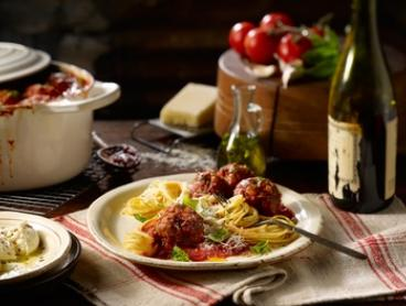 $39 for a Three-Course Italian Meal for Two with Wine at Earth n Sea Pizza Restaurant, Nundah (Up to $68 Value)