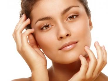 Microdermabrasion and Photorejuvenation - One ($25) or Three Visits ($59) at Body Beauty Retreat (Up to $840 Value)