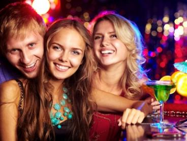 Melbourne City Pub Crawl for One ($15), Two ($29) or Four ($55) with Pub Crawl Melbourne (Up to $100 Value)