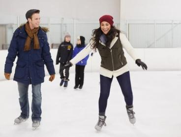 Ice-Skating + Skate Hire for 1 ($12) or 4 People ($40), or Family of 5 ($49) at Xtreme Ice Arena (Up to $90 Value)