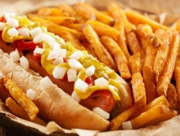 Hot Dog, Chips & Can of Soft Drink for One $9.90, Two $18 or Four of Each $35 at Cone Heads Derrimut (Up to $60 Value)