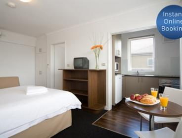 Melbourne, St Kilda: One or Two-Night Stay with Wine and Late Check-Out for Two People at Easystay Studio Apartments