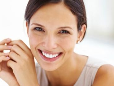 $500 for Zoom Teeth Whitening with Scale and Polish and Home Teeth Whitening Kit at Serenity Smiles Dental