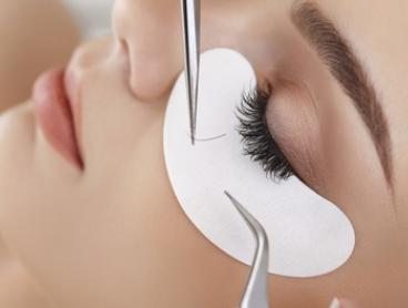 Set of Eyelash Extensions - Natural ($39), Glam ($59) or Russian 3D Volume ($69) at I LashBrow (Up to $140 Value)