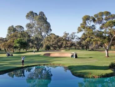 Renmark: Golf Resort Stay for Two People with Continental Breakfast and 18 Holes of Golf at Renmark Resort