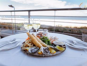 Seafood Platter & Wine by the Beach