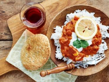 6-Dish Indian Banquet with Sides for 2 ($35) or 4 People ($69) at Tasty Junction Indian Restaurant (Up to $162 Value)