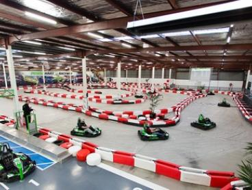 14-Lap Go Kart Race for One ($23), Two ($46), Six ($138) or Ten People ($230) at Power Kart Raceway (Up to $290 Value)
