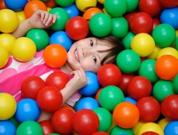 Playland Entry, 1 Child + 1 Adult on a Weekday ($6) or Weekend ($9) at Lollipop's Playland Parramatta (Up to $15 Value)