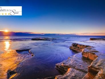 Central Coast: Four-Night 5-Star Stay with Welcome Platter and Bottle of Wine for Up to Six People at Star of the Sea