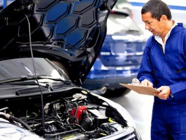 Full Car Servicing ($59) or Air Conditioning Re-Gas ($79) at Simon's Auto Services, Marrickville (Up to $347 Value)