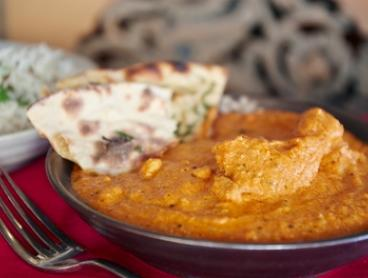 Indian Feast + Drinks for 2 ($39), 4 ($75) or 6 People ($109) at Desi Lounge Restaurant (Up to $265.50 Value)