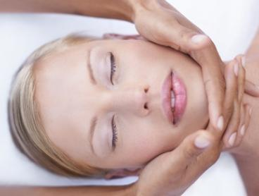 $39 for a Choice of One-Hour Facial at Advance Therapeutic Clinic, Two Locations (Up to $89 Value)