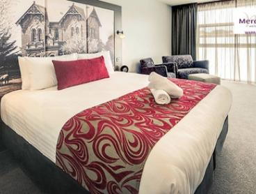 Warragul, CBD: 1 to 3 Nights for Two or Four People with Wine, Chocolates and Late Check-Out at Mercure Warragul