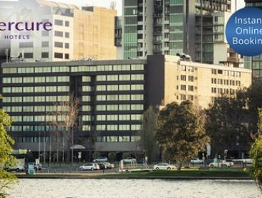 Melbourne: One-Night Stay for Two People in Choice of Room with Option to Add Breakfast at Mercure Melbourne Albert Park