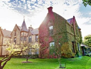 Melbourne: From $199 for a Getaway for up to Six People with Breakfast, Wine and Chocolates at Overnewton Castle