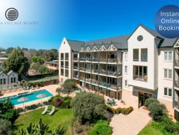 Mornington Peninsula: 2, 3 or 5N Boutique Seaside Stay for 2-6 People with Wine and Breakfast at Portsea Village Resort