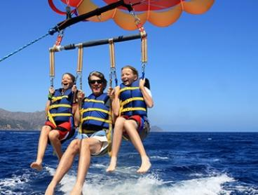 Bali: $69 Per Person for a Romantic Day Tour with Parasailing with Bali Sun Tours